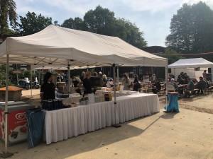 Grillwurst und Live-Musik sorgten für gute Stimmung auf dem 5. BBFH-Tag